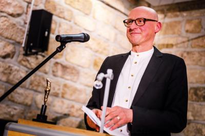 Der frisch gekürte Kunstpreisträger Jörg Bernig