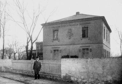 Houdini vor der Villa Frikell 8.April 1903