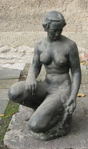 »Kniende«, Bronze