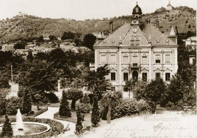 Rathaus Niederlößnitz Foto: Radebeuler Stadtarchiv