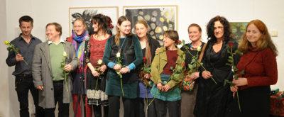 Die Künstler zeigen sich den Besuchern zur Ausstellungseröffnung am 18. November 2016 Foto: S. Preißler